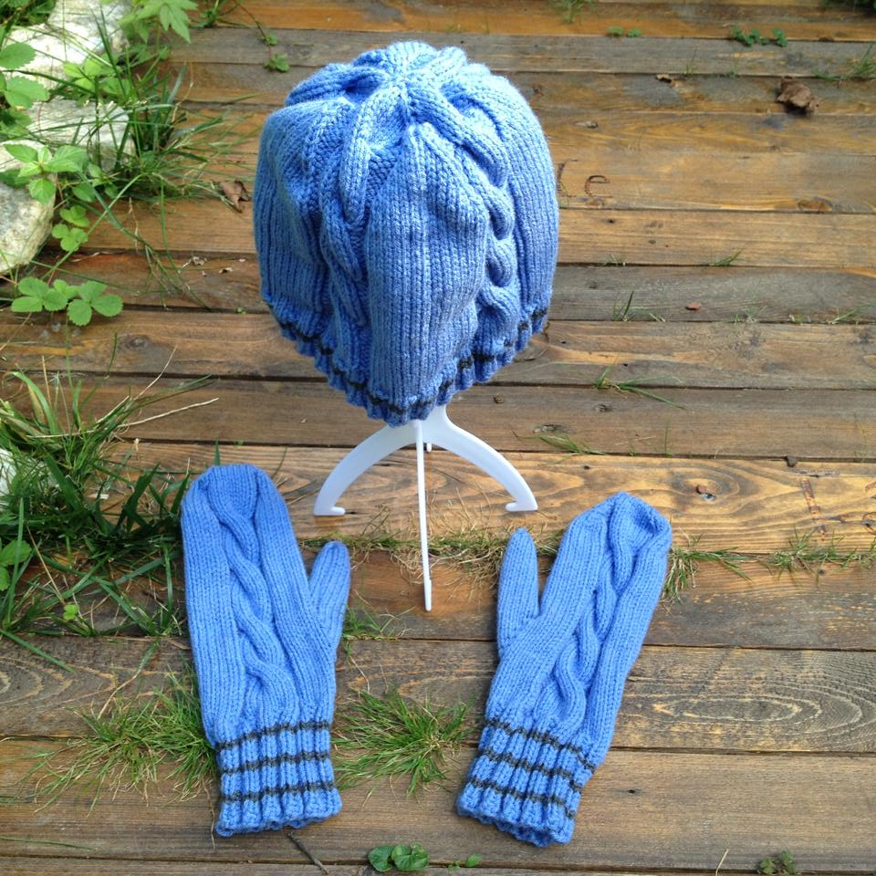 cable-mittens-and-toque-2